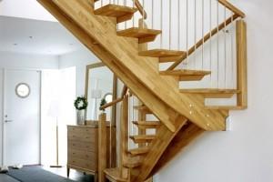 Изготовление деревянных лестниц в Павловском Посаде