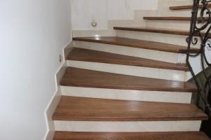 Особенности конструкций для облицовки лестниц деревом