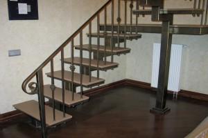 Лестницы на металлокарасе в Павловском Посаде