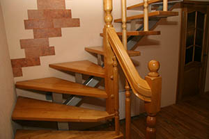 Лестница на металлокаркасе в Ногинске