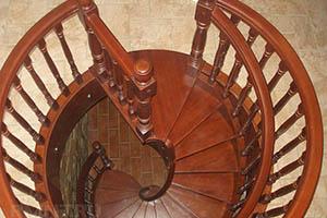 Винтовые лестницы и их преимущества