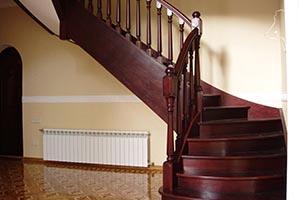 Лестницы на заказ недорого