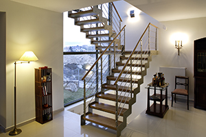 Купить лестницу на металлокаркасе
