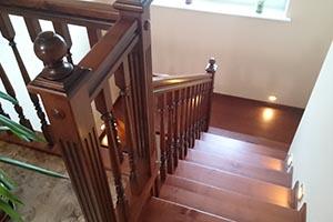 Купить лестницу из ясеня