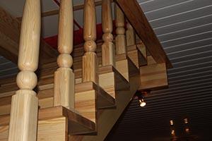 Лестницы из сосны на заказ
