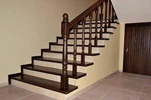 Деревянные лестницы из ясеня