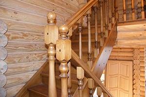 Заказать недорогой монтаж деревянной лестницы