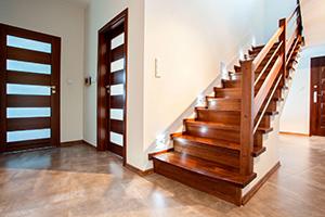 Деревянная лестница от производителя