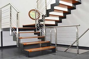 Производство лестниц металлокаркасе